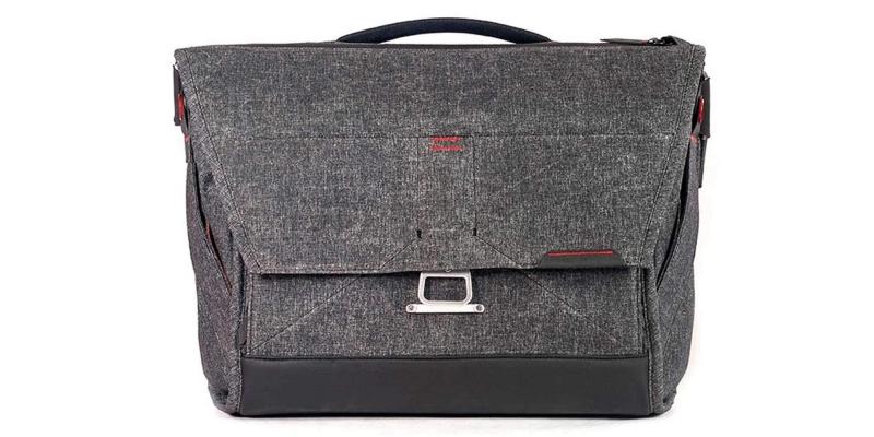 Peak Design 15 Everyday Messenger Bag Front